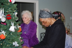 McPeak's Christmas Tree Trimming <br/><em>December 11, 2013</em>