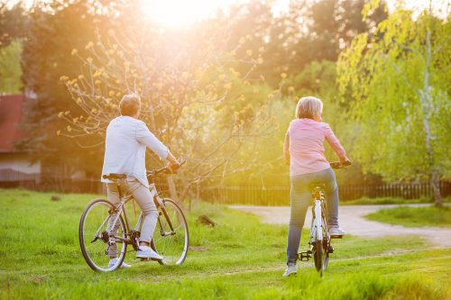 6 Ways Seniors Can Stay Active This Summer!